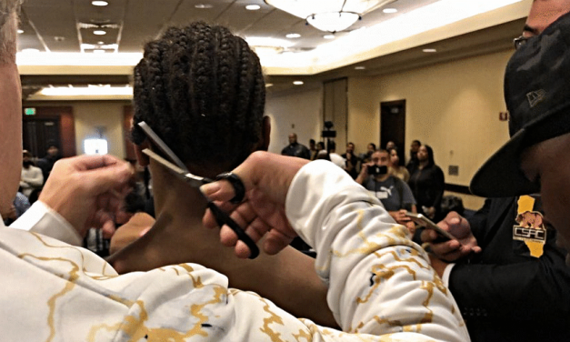 VIDEO: BOXER SHAWN PORTER MAKES WEIGHT LIMIT BY A HAIR